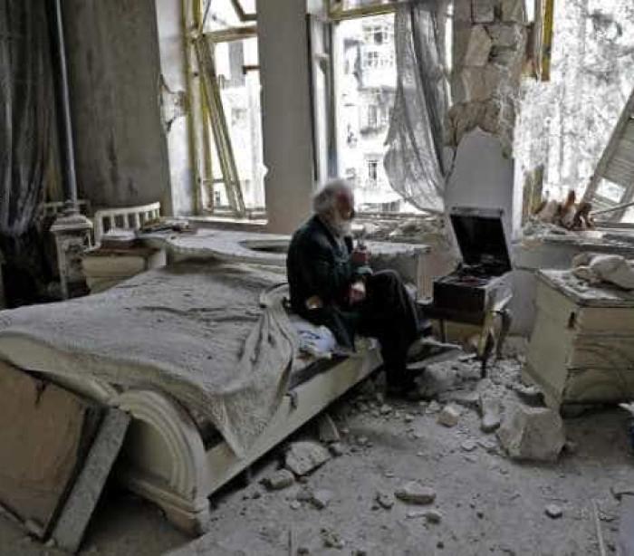 Mohamed recusa-se a abandonar Alepo... por causa da sua coleção de carros