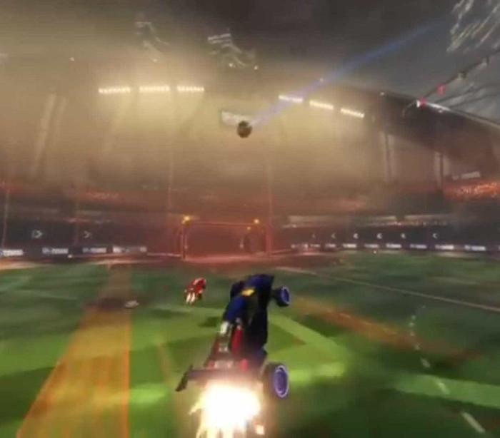 Golos e defesas de outro mundo em 'Rocket League'