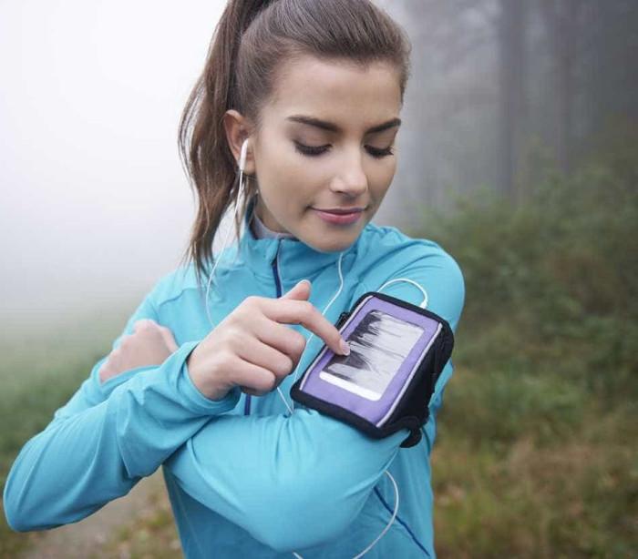 Estes são os melhores phones para o acompanhar no ginásio