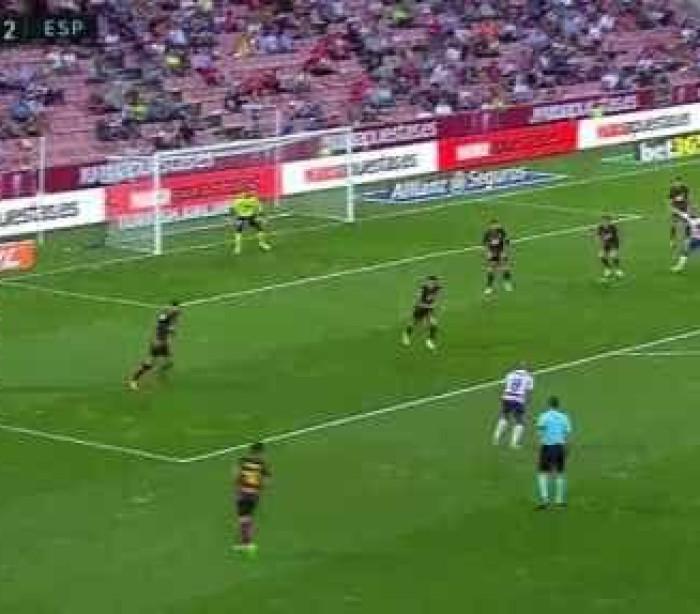 Andreas Pereira e um golo para Mourinho ver