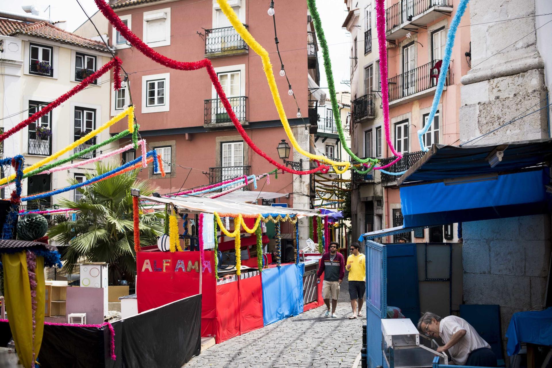 Porque estão todos a vir para Portugal? Britânicos apontam 22 razões