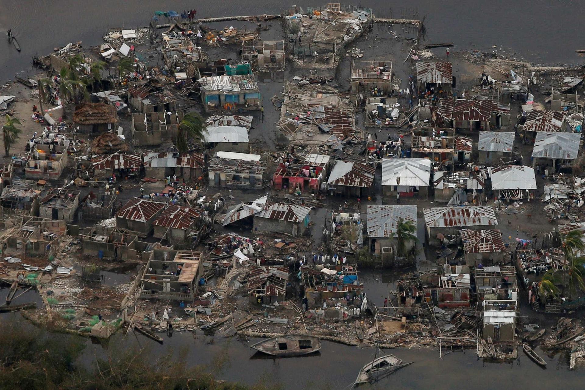 Mais de mil morreram mas ninguém diz 'Je Suis Haiti'. Porquê?