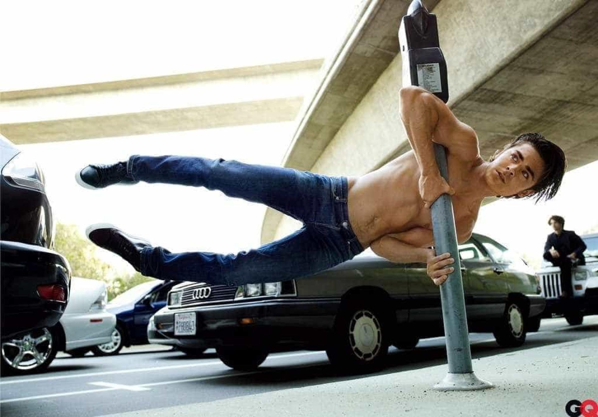 Parabéns, Zac Efron! Uma viagem pelos momentos da carreira do ator