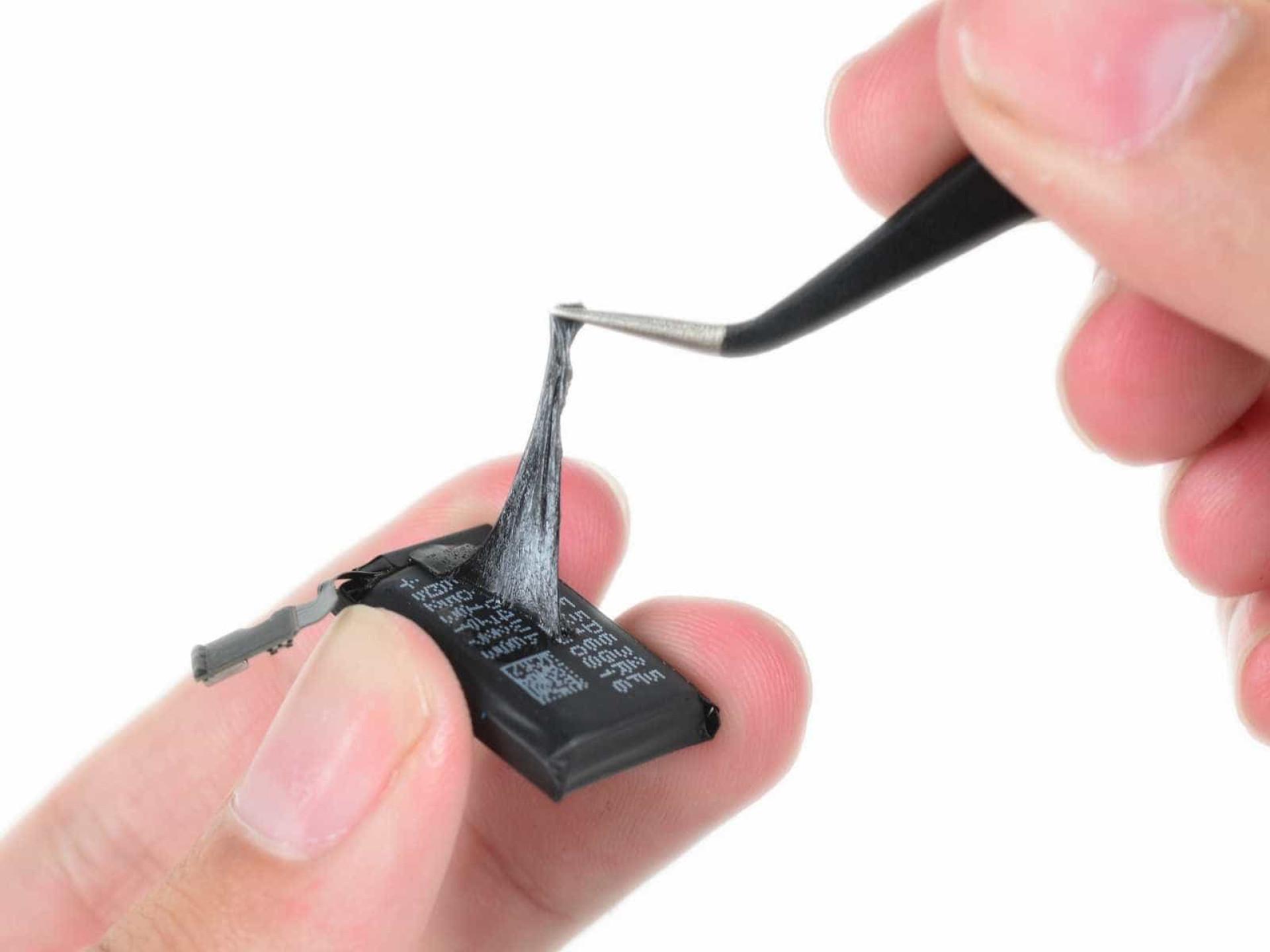 Veja como é o interior do pequeno Apple Watch series 2