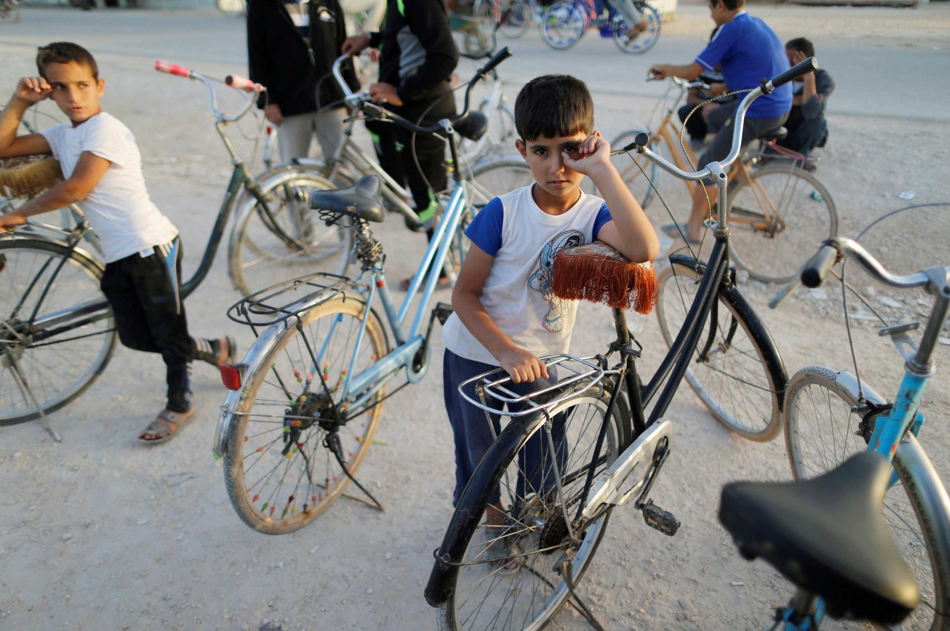 O campo de refugiados que, contra proibições, está a virar cidade