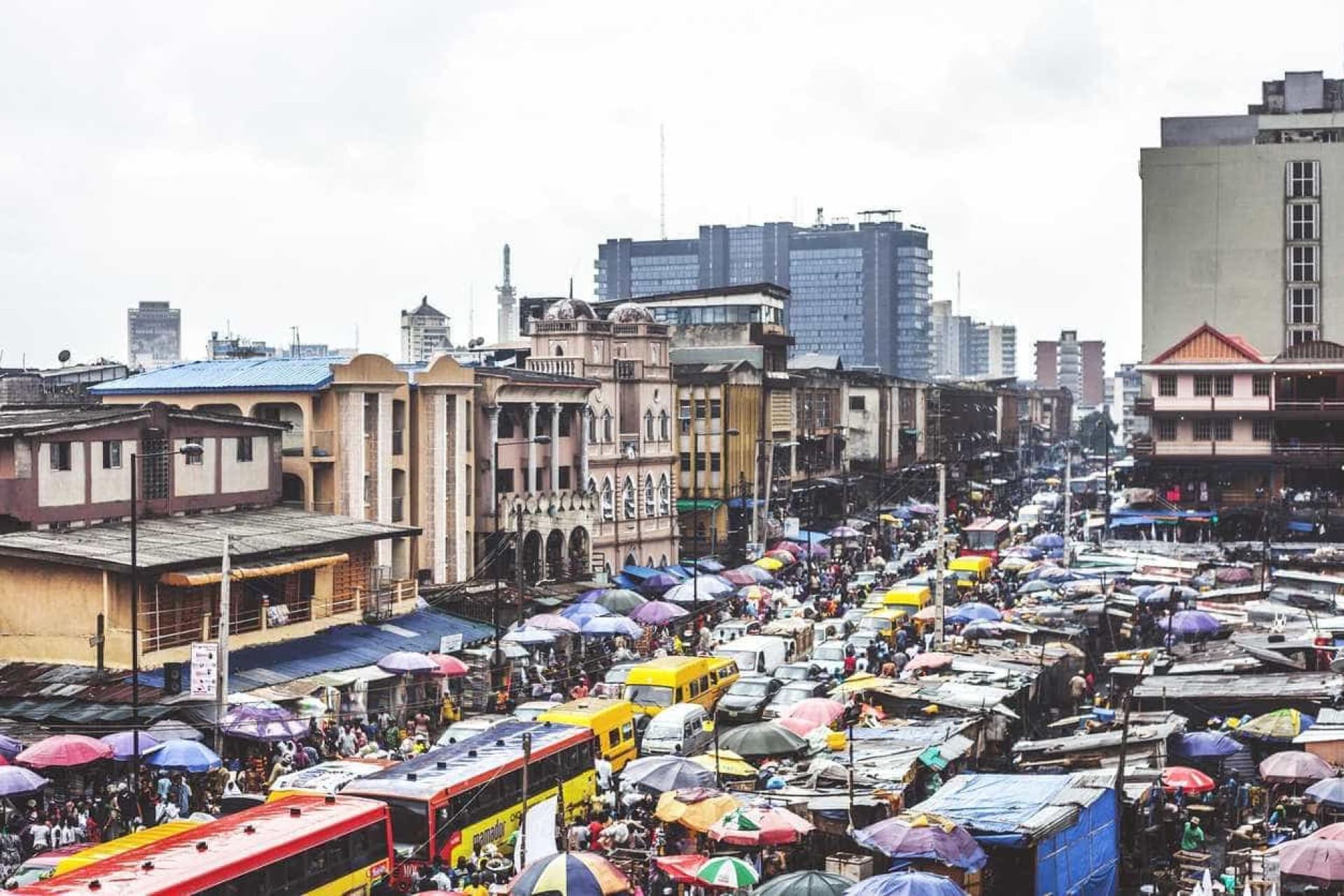 Conheça as 10 cidades mundiais onde é mais difícil viver