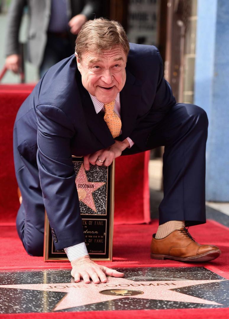 John Goodman mostra o lado cómico ao receber estrela no Passeio da Fama