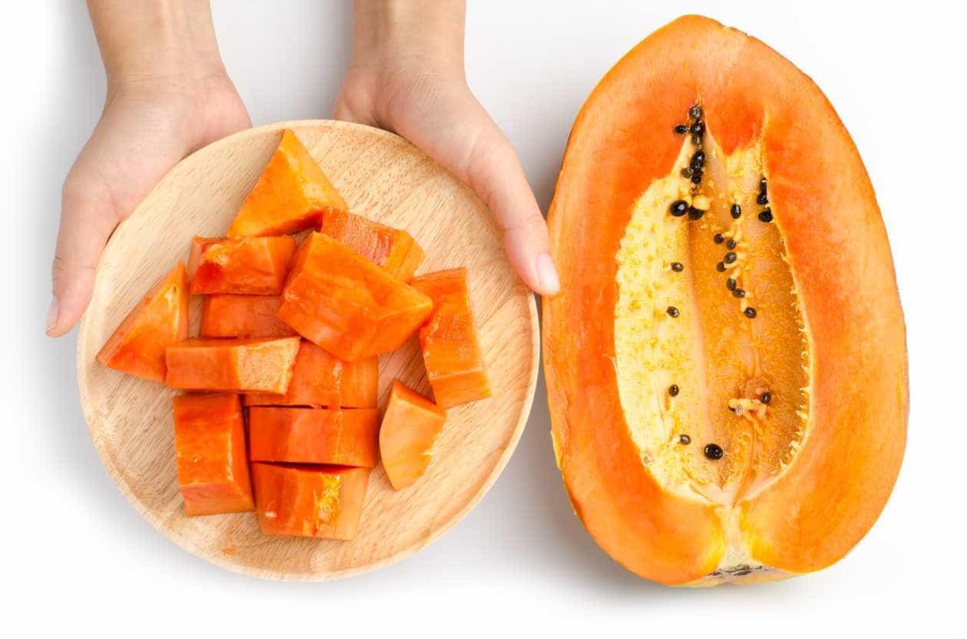 Nove bons motivos para comer mais papaia
