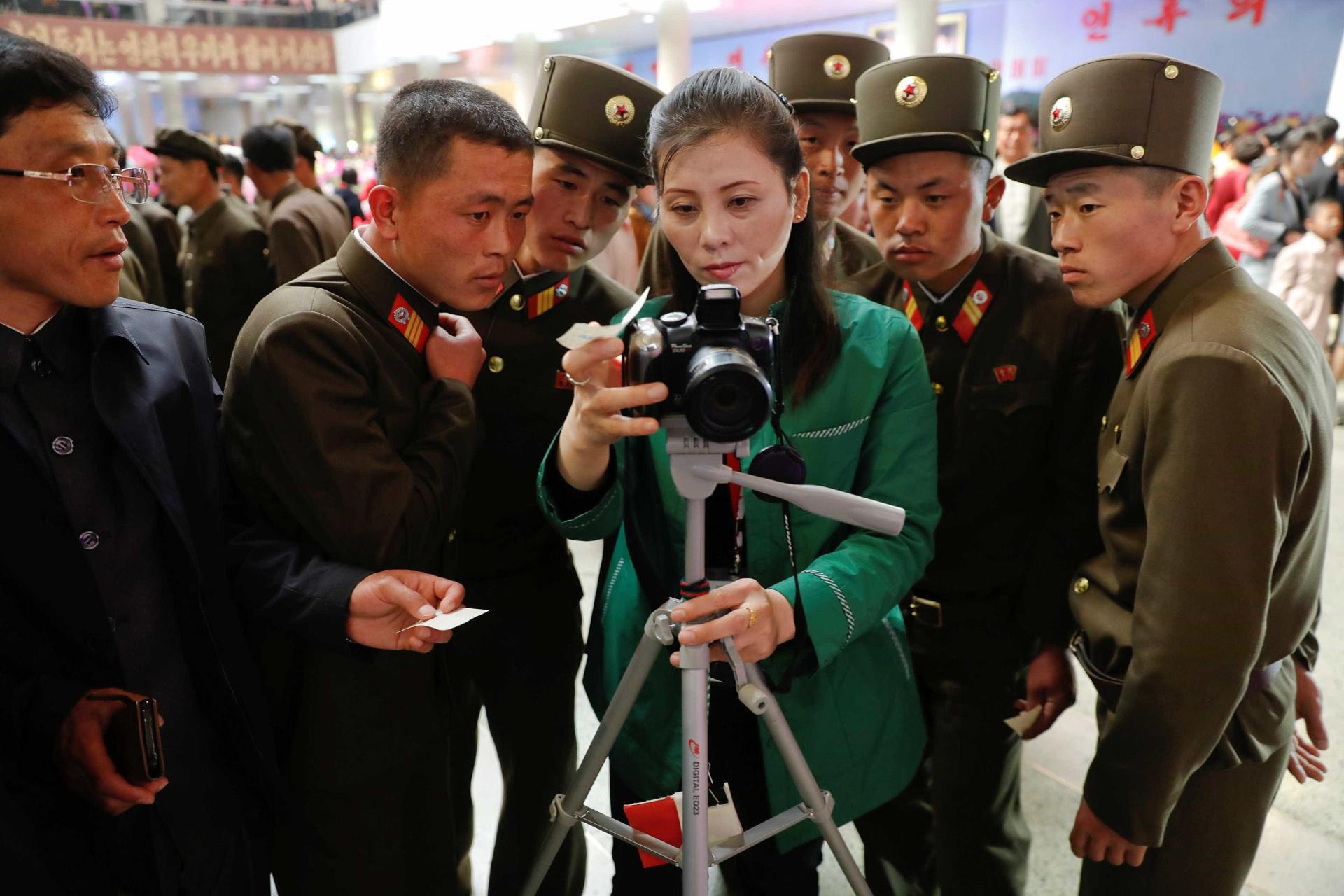 Como é o dia a dia na Coreia do Norte? Espreite nestas 60 imagens