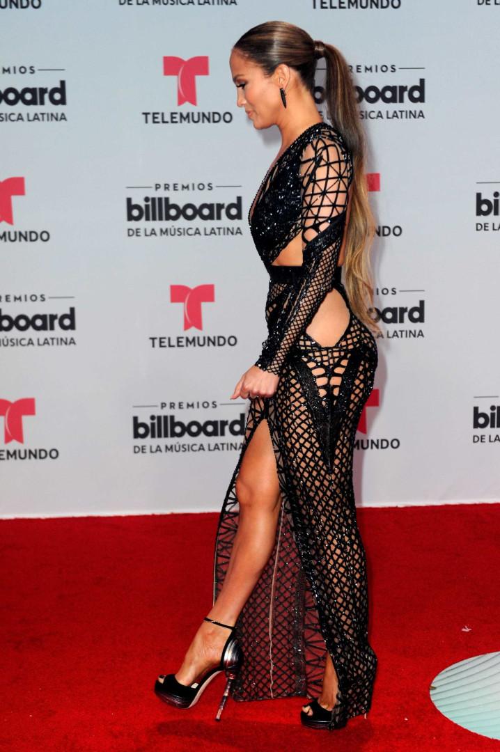 """""""Wow! Que deusa"""": Jennifer Lopez exibe corpo de sonho em mais um treino"""