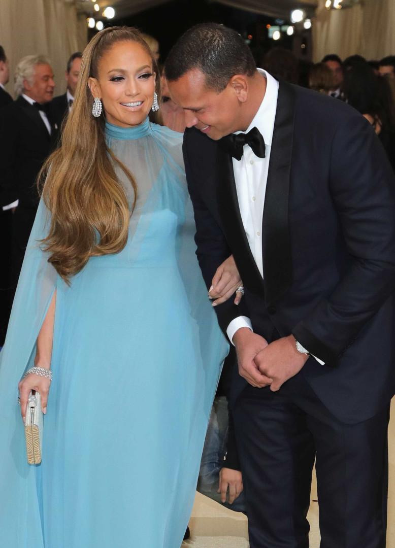 Jennifer Lopez investiga o namorado