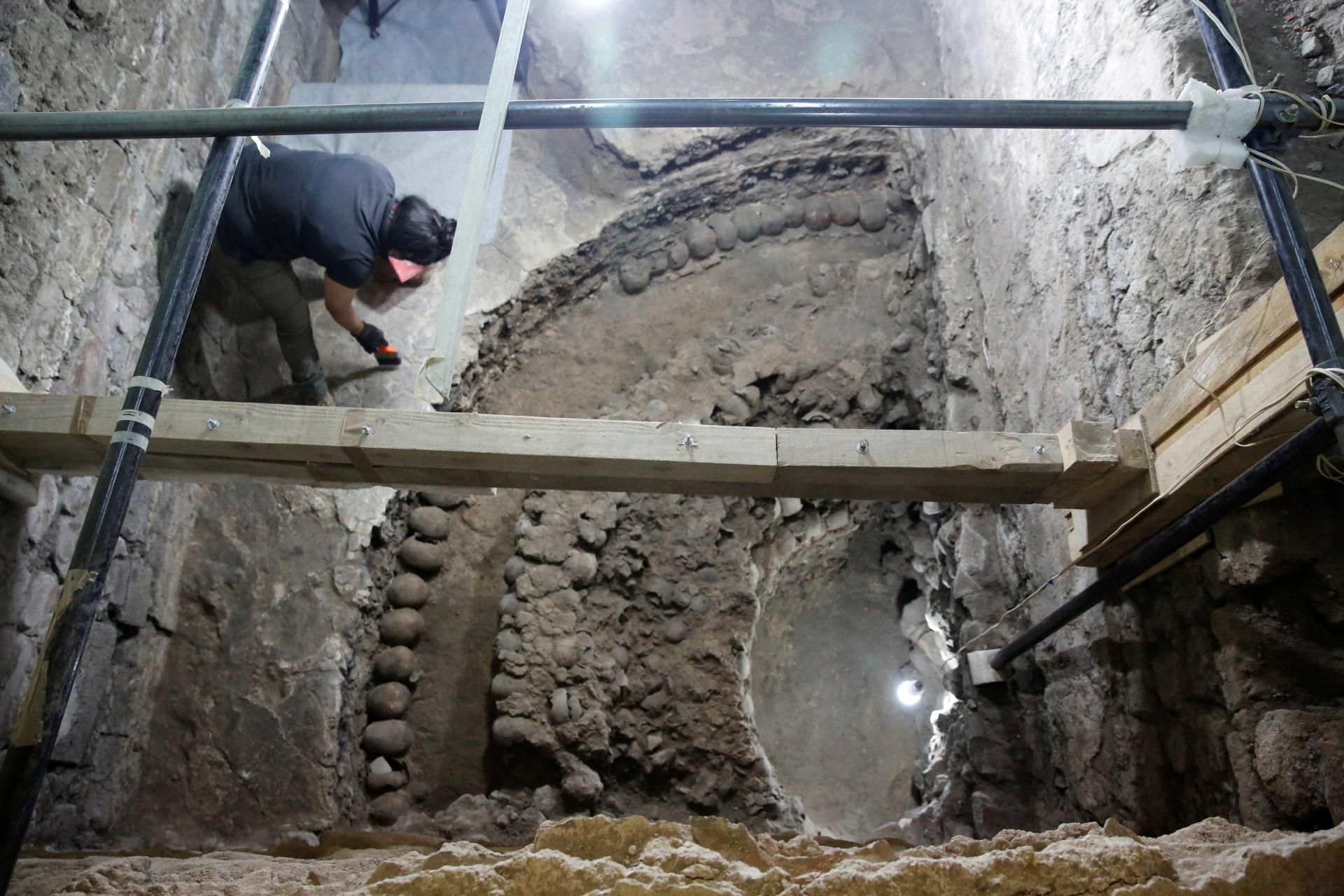 Torre de crânios humanos abre nova discussão sobre sacrifícios astecas