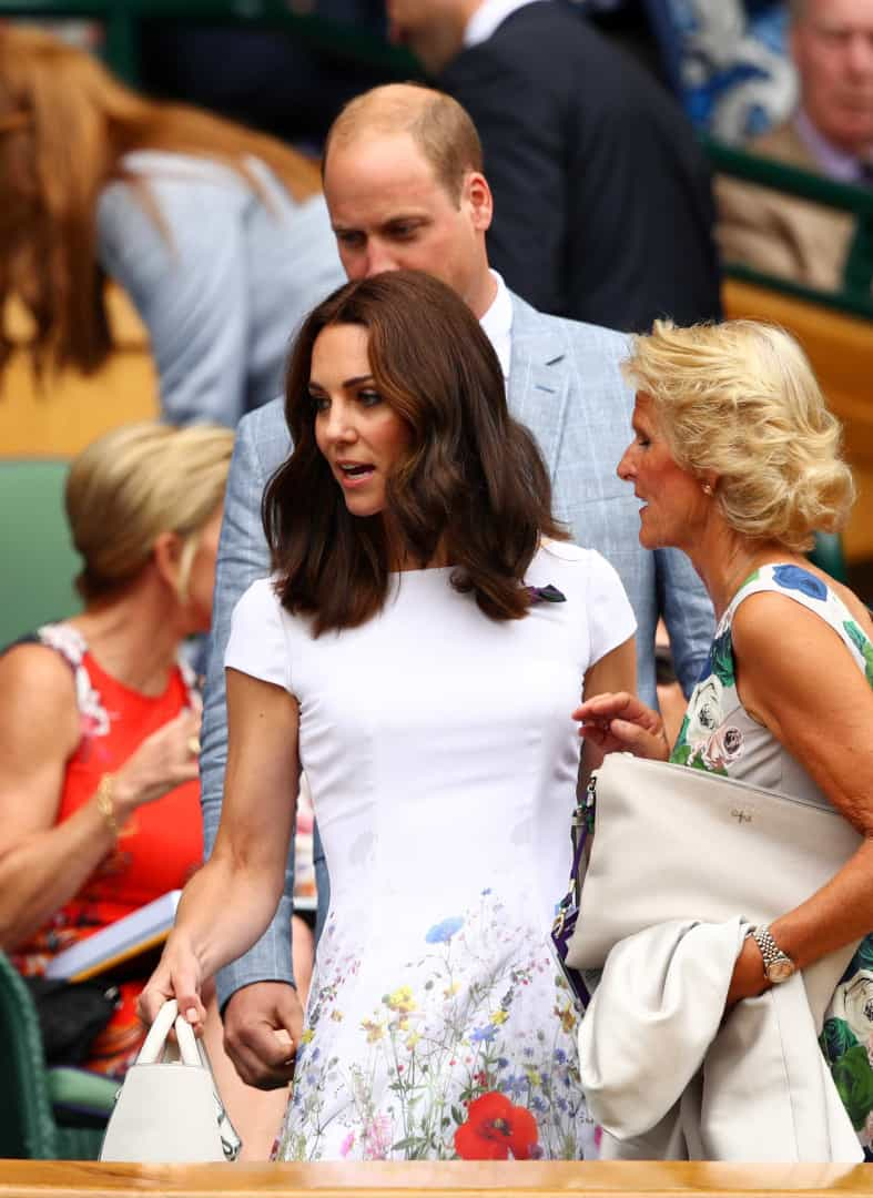 Kate Middleton arrasa com look simples mas elegante na final de Wimbledon