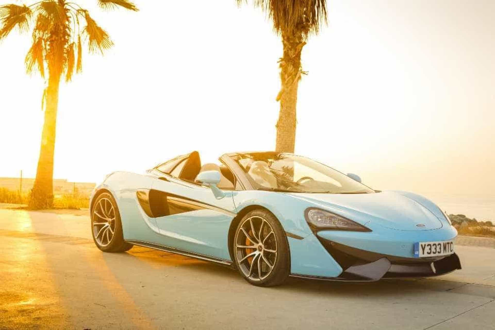Está aí o McLaren 570S Spider. Já conhece?