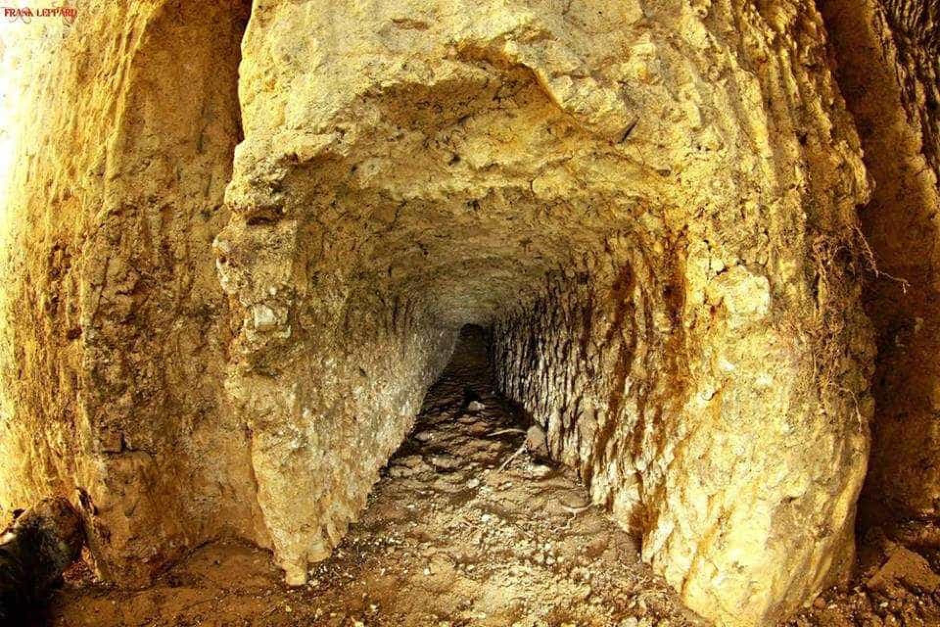 Há de tudo na Primark, até túneis (abandonados) da II Guerra Mundial