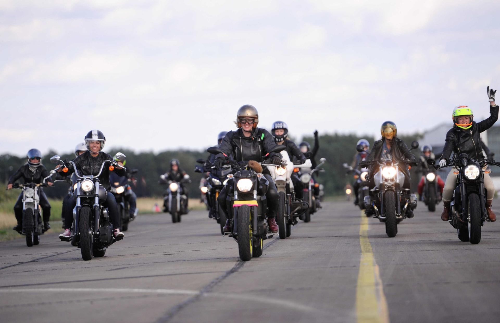 Contra estereótipos, este é um festival de motoqueiras (sim, no feminino)