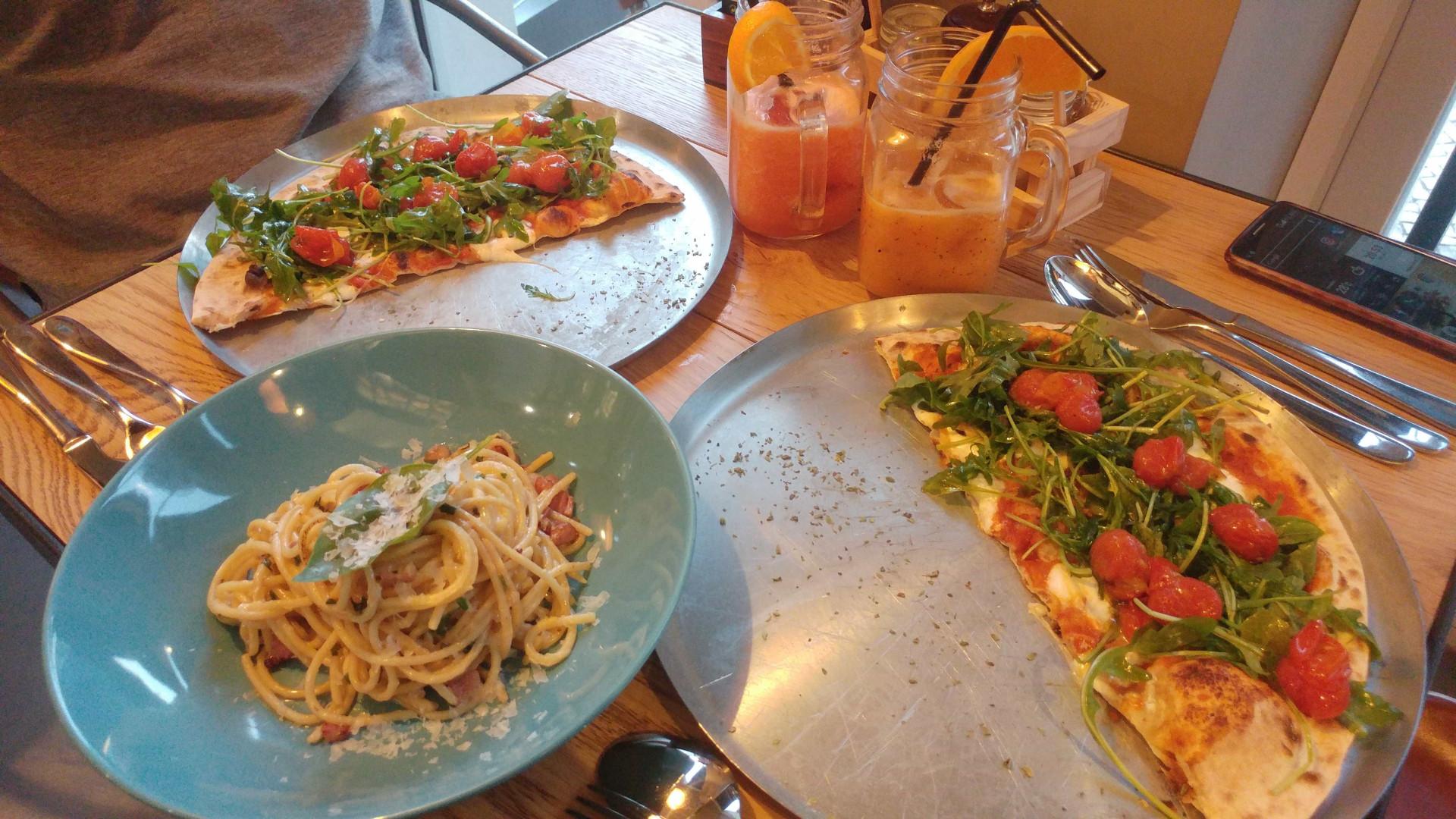 Otto traz pizzas em forno a lenha e delícias italianas ao Cais do Sodré