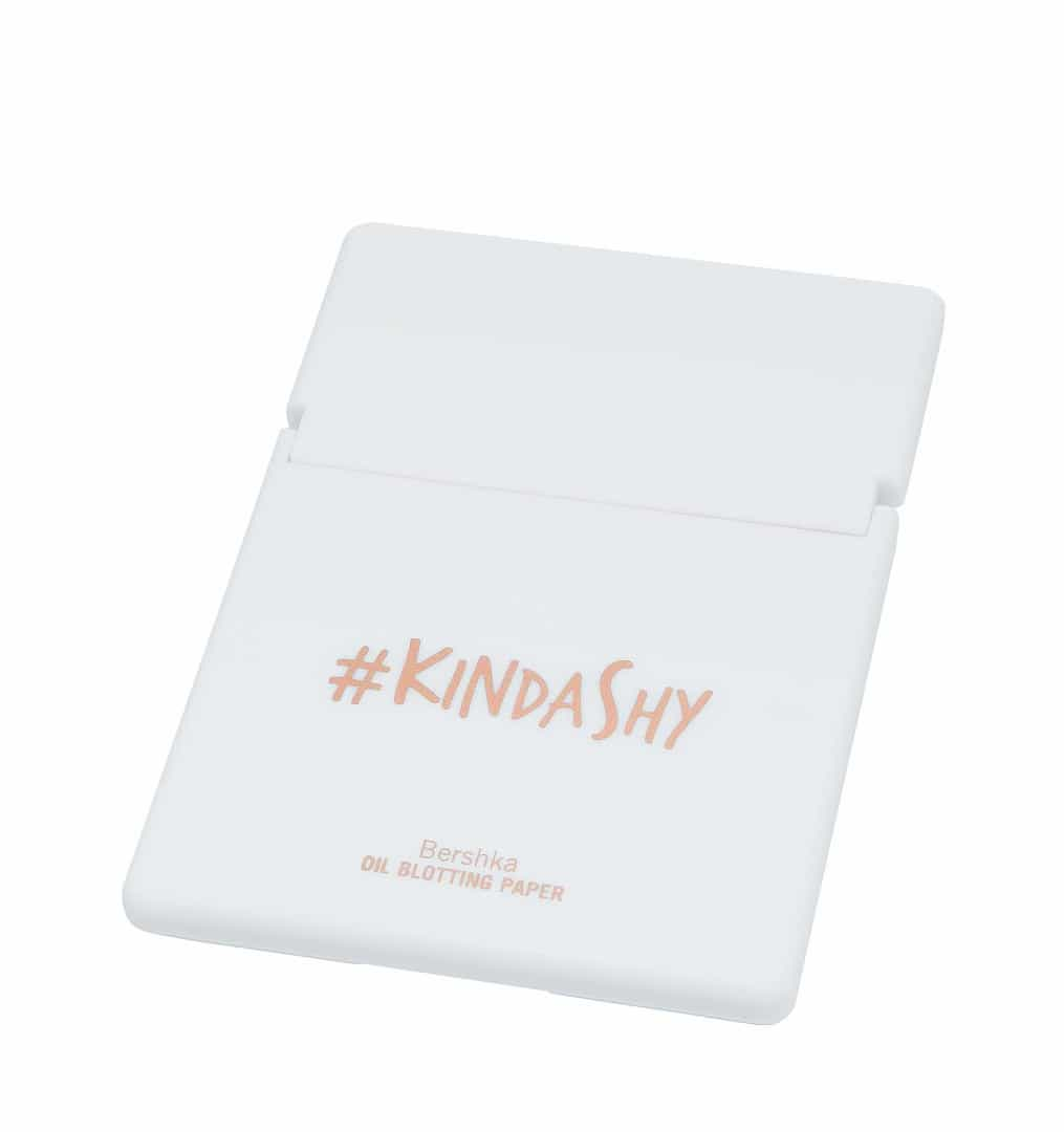 #kindashy. A mais recente coleção cápsula de beleza da Bershka