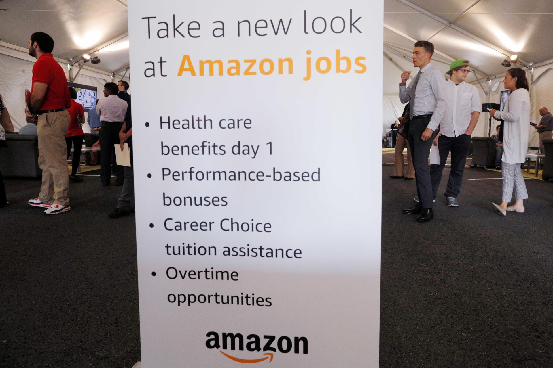 A Amazon anunciou que estava a contratar... e foi uma loucura