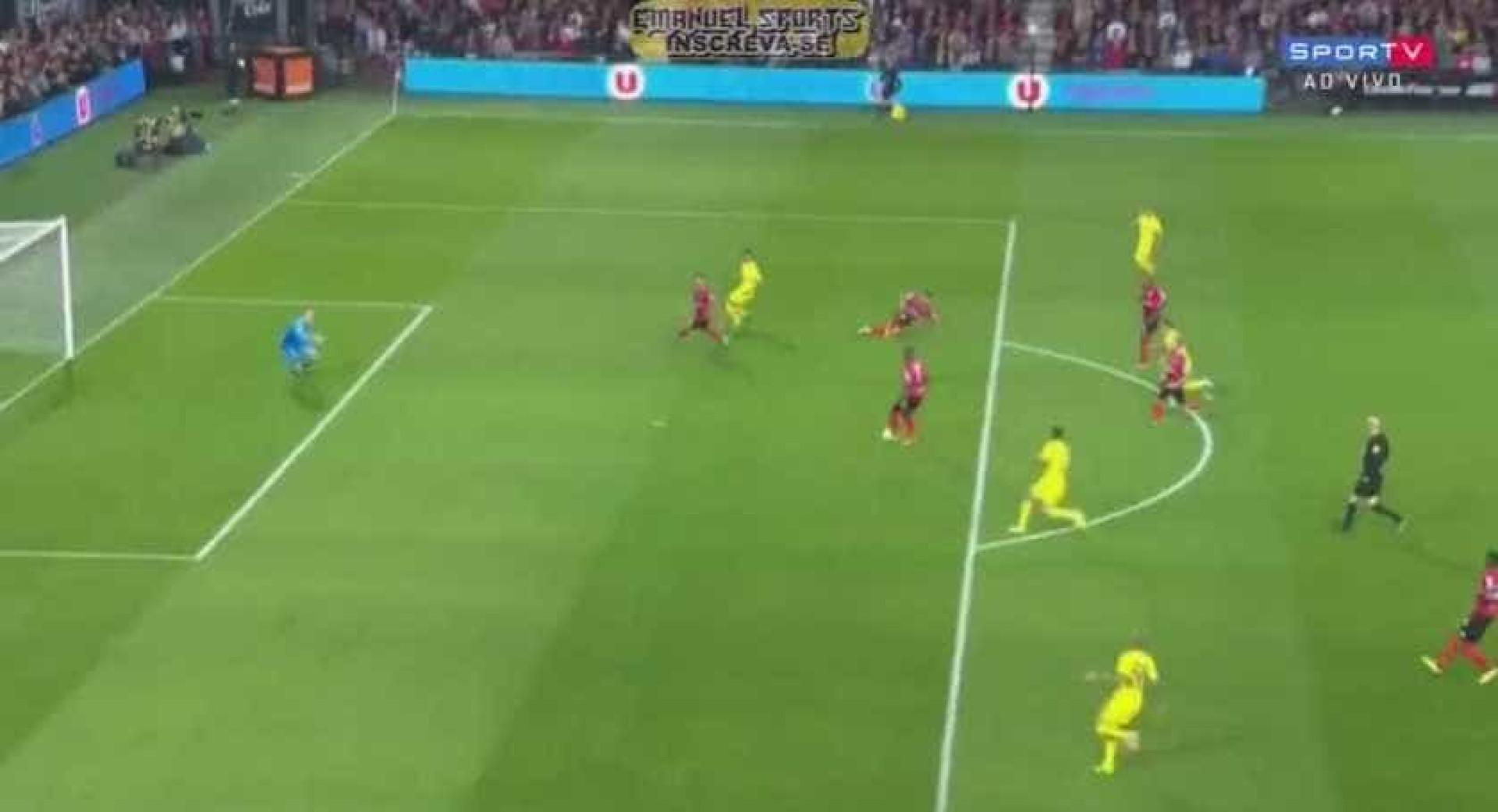 Ikoko assustou-se com Neymar... e marcou auto-golo