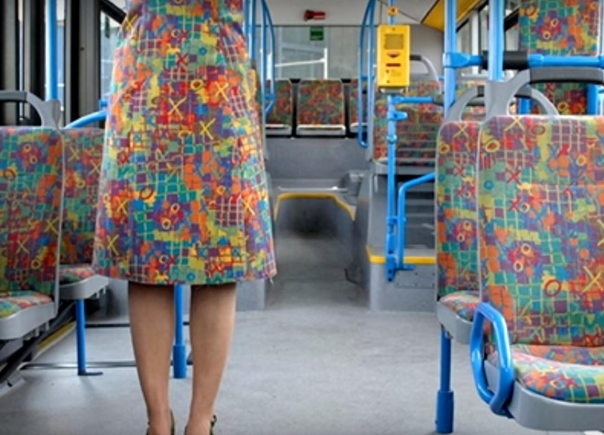 Trinta 'acidentes fashion' que deixaram pessoas em situações inusitadas