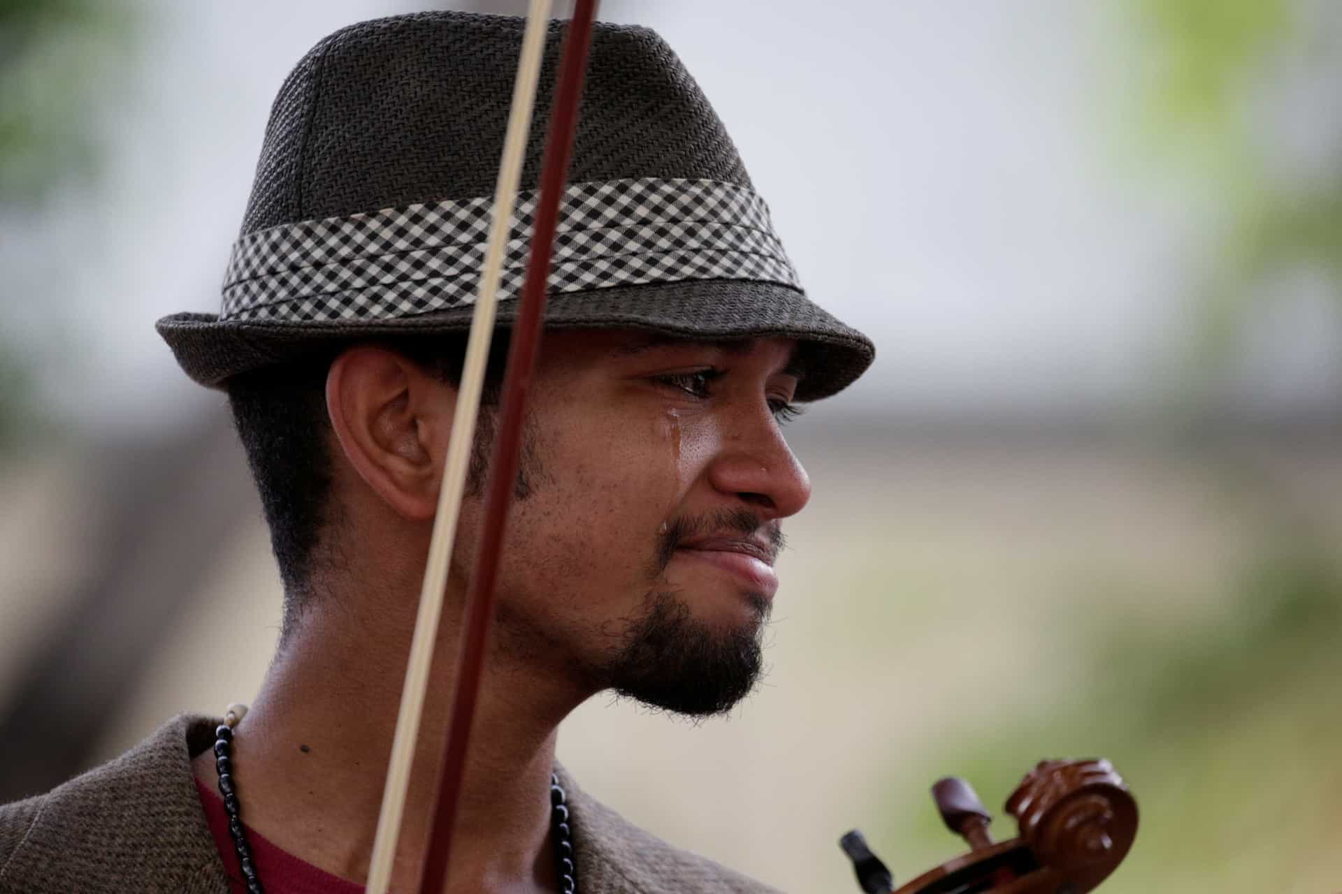 Libertado o violinista que é símbolo da resistência a Maduro