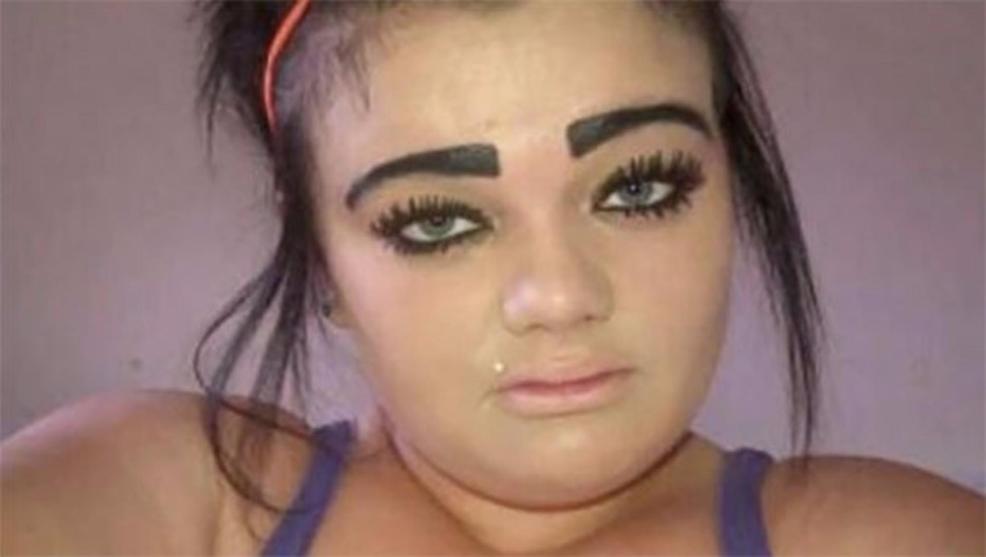 Senhoras (e senhores também), o que nunca fazer às sobrancelhas