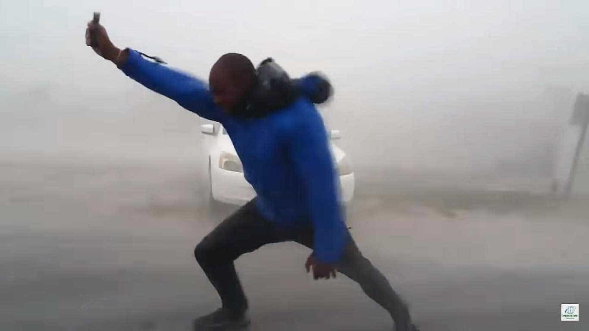 Meteorologista lança-se ao furacão Irma e este é o resultado