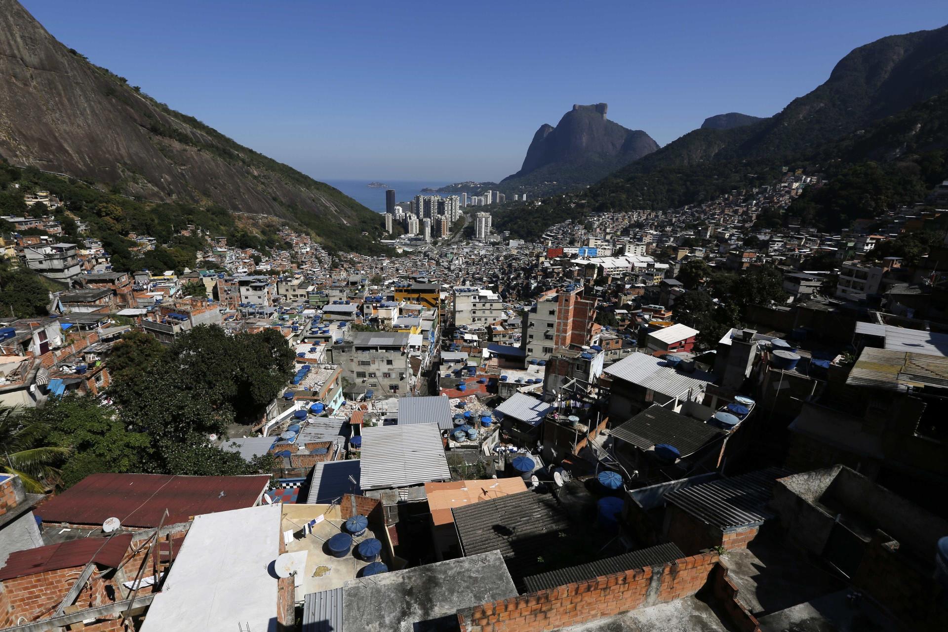 Tiroteio em favela assusta moradores do Rio de Janeiro