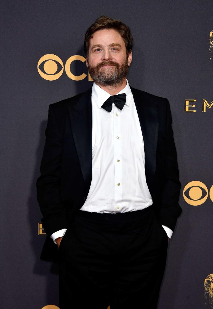 Ator de 'A Ressaca' surge com menos 20kg na passadeira vermelha dos Emmy