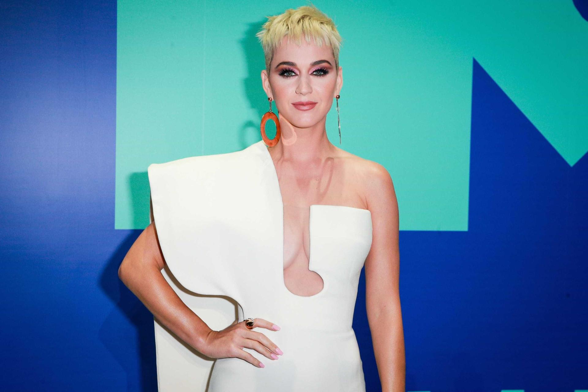 """Katy Perry afirma: """"Eu fui. Eu vi. Eu testemunhei o Brasil"""""""