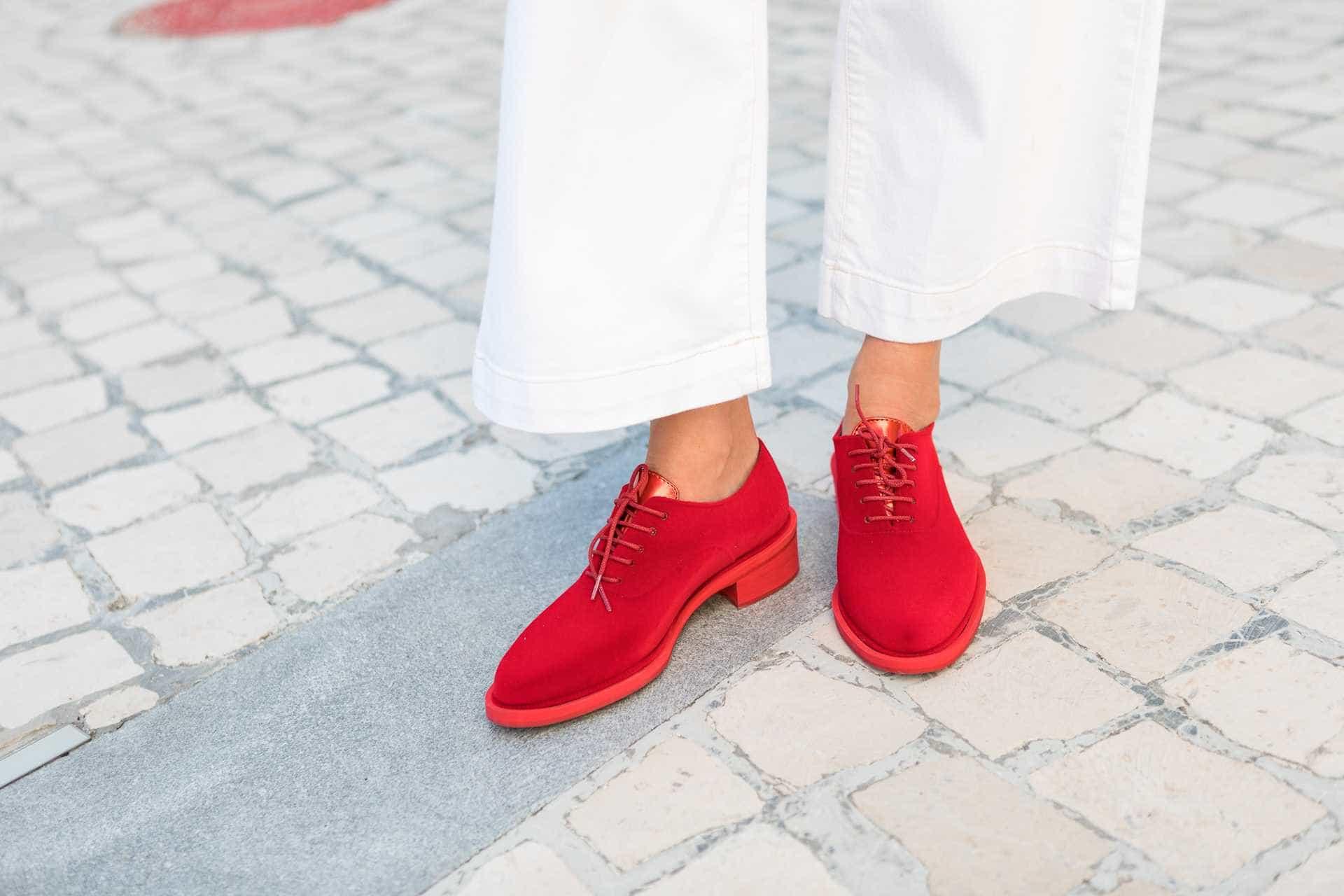 Com todo o estilo aos seus pés. Maria Guedes alia-se à Lemon Jelly