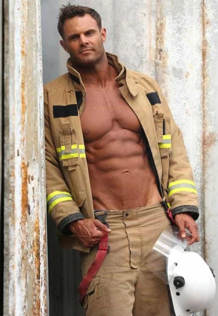 Já há imagens do calendário de 2018 dos bombeiros australianos