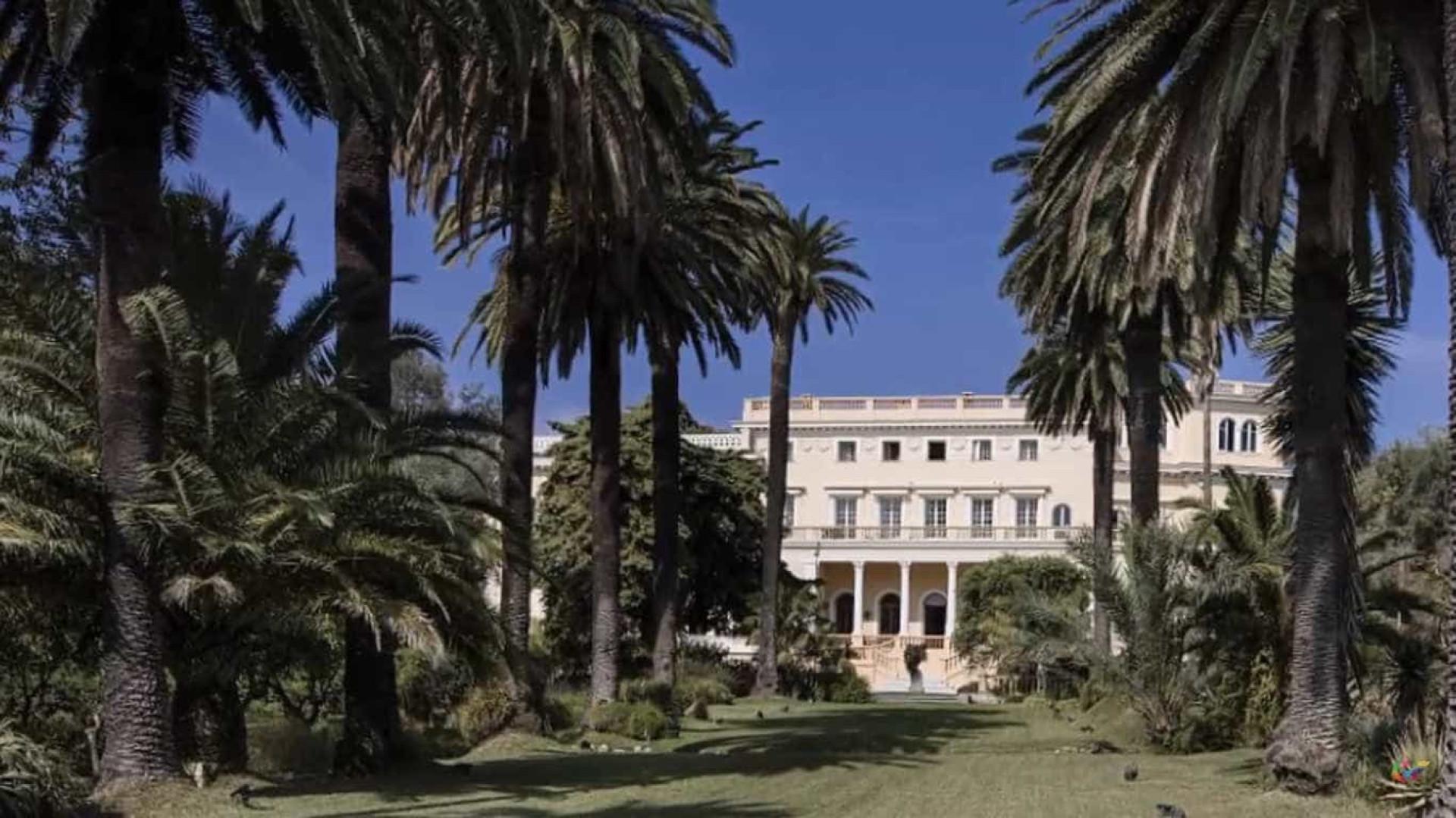 Esta incrível casa é a mais cara do mundo... e está à venda