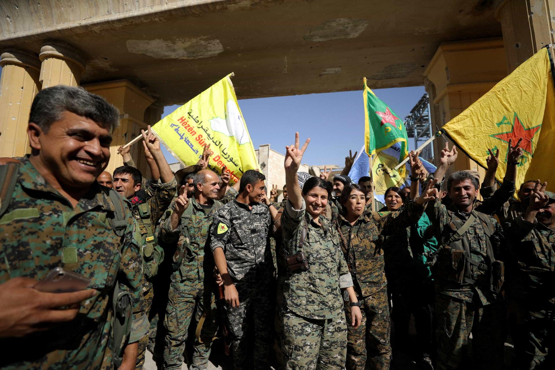 Raqa foi libertada. O que resta da 'capital' do Daesh?