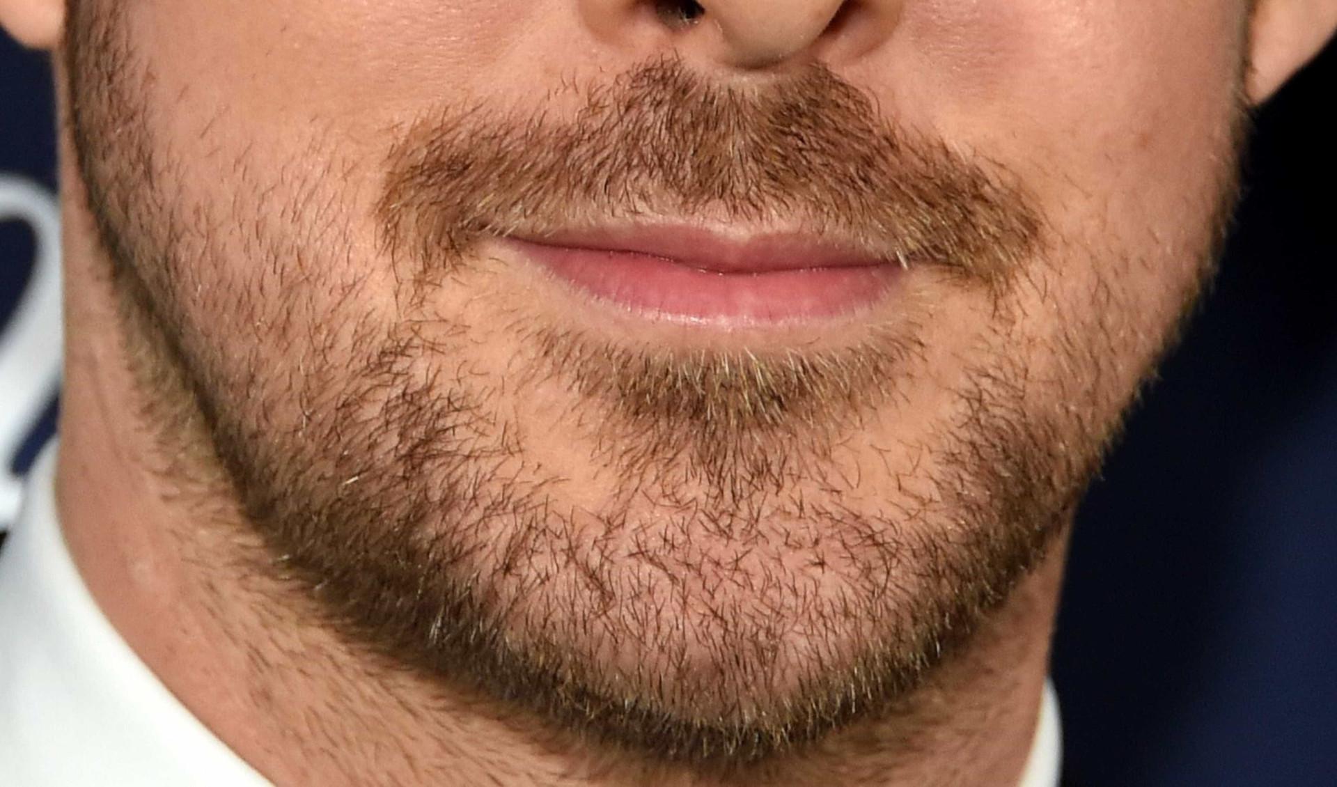 Consegue descobrir quem são estas celebridades vendo apenas a barba?
