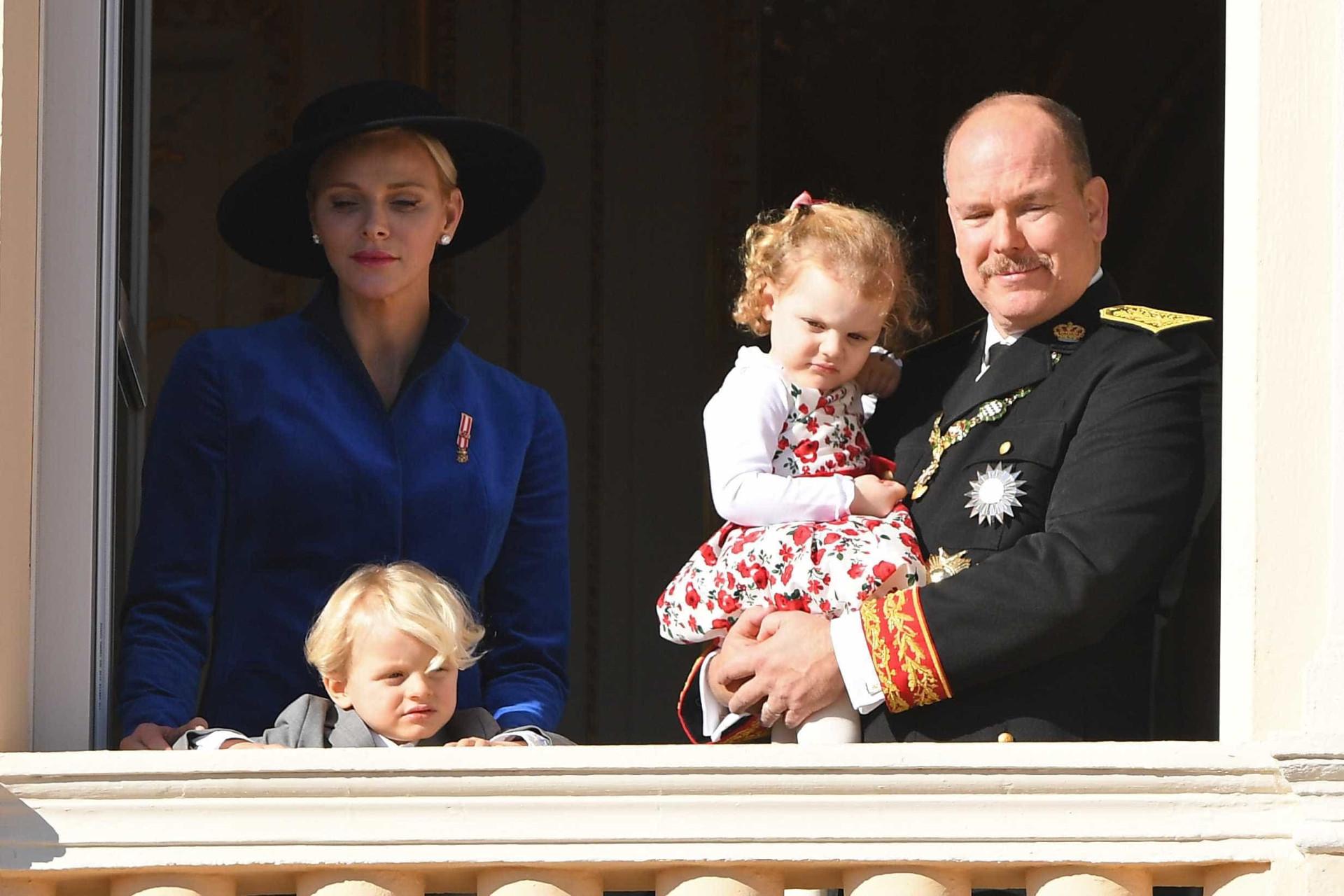 Gémeos de Charlene e Alberto do Mónaco foram estrelas por um dia