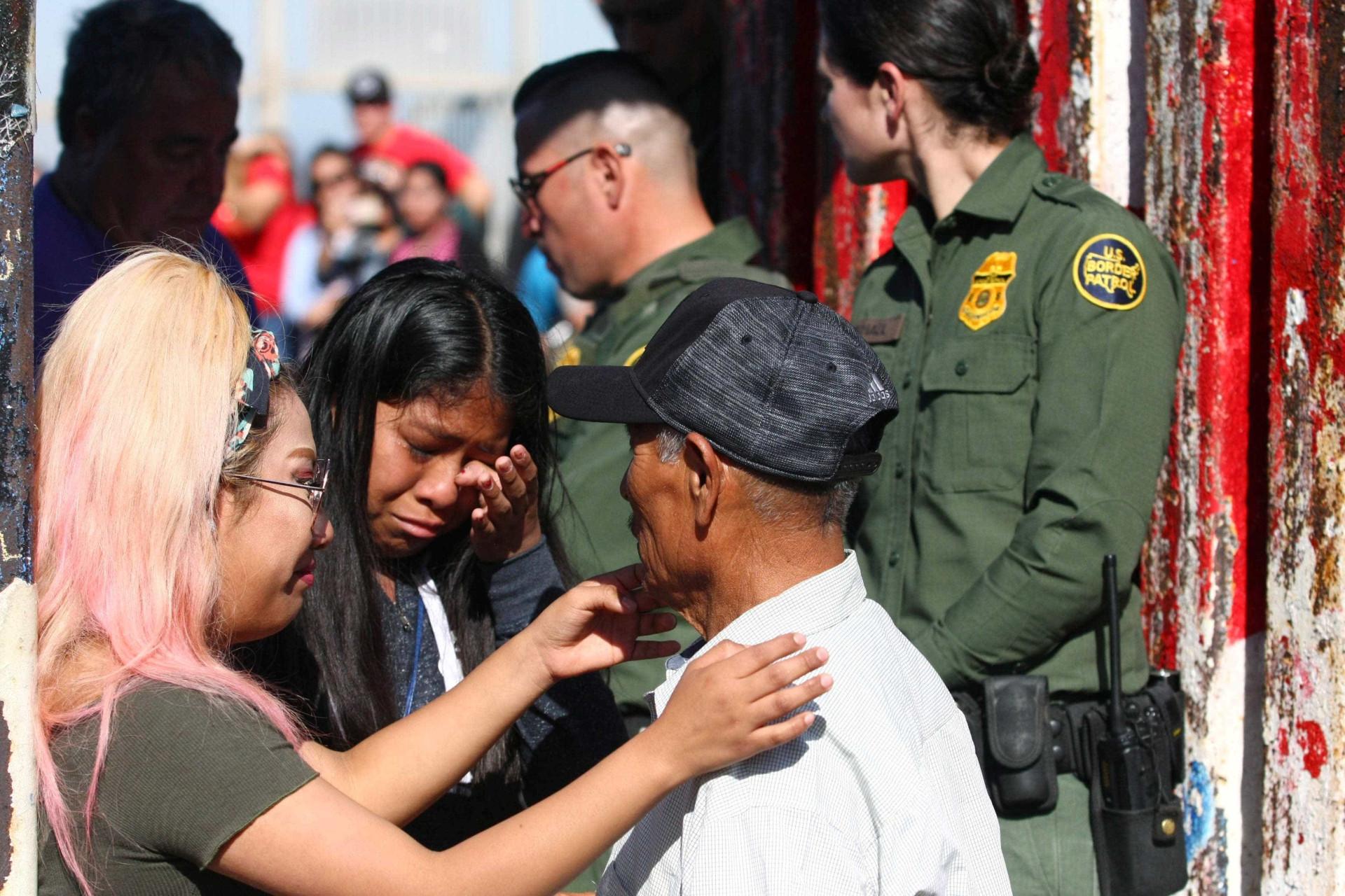 Para lá da fronteira, a porta aberta trouxe reencontros e até casamento