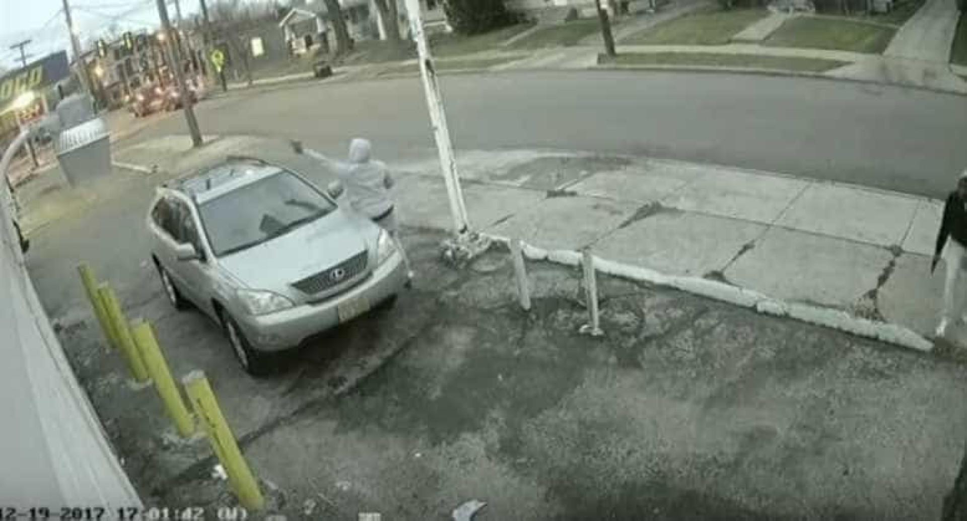 Imagens mostram tiroteio entre gangues que deixou menina de 7 anos ferida