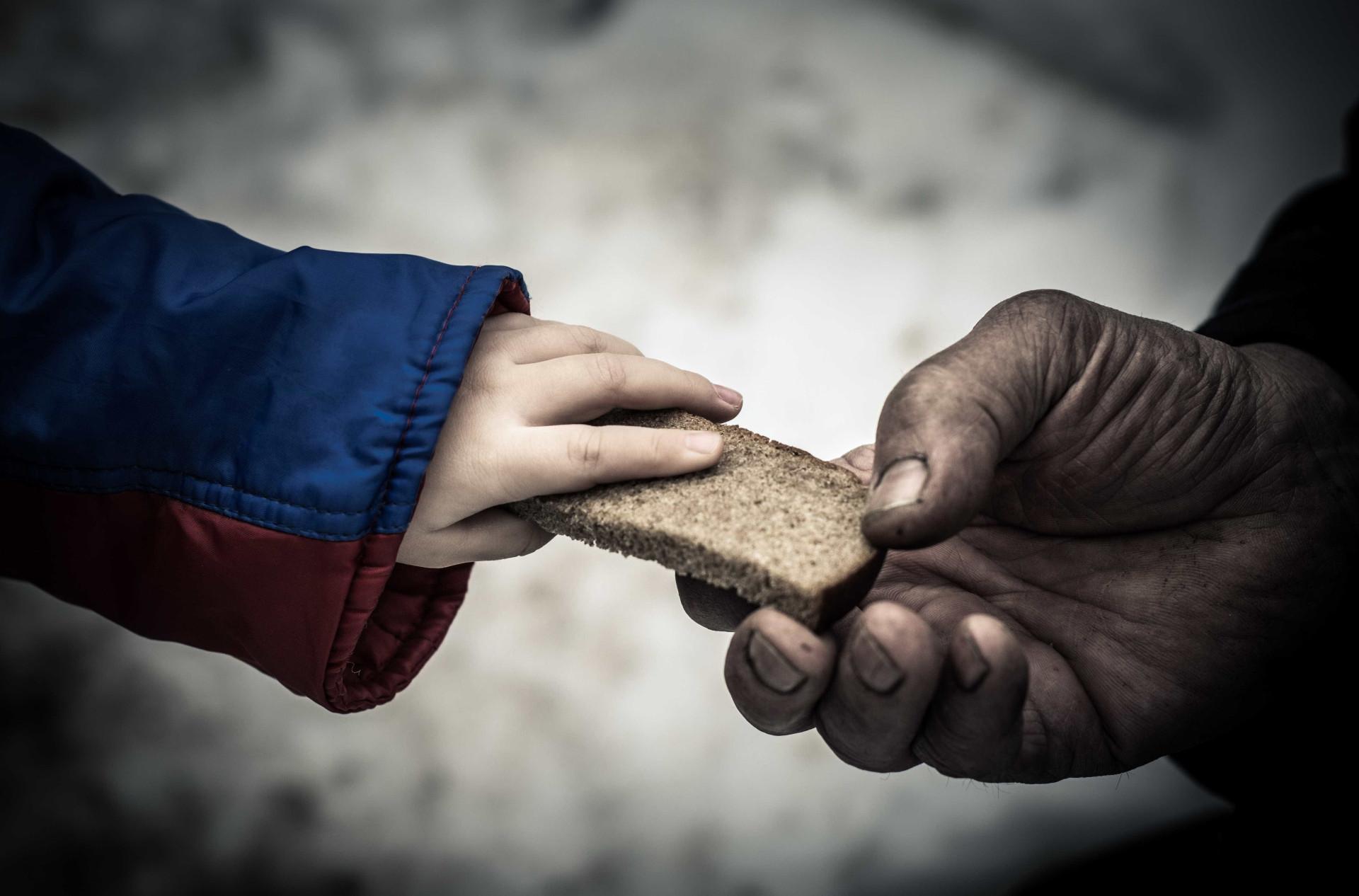 A pobreza mundial contada pelos números