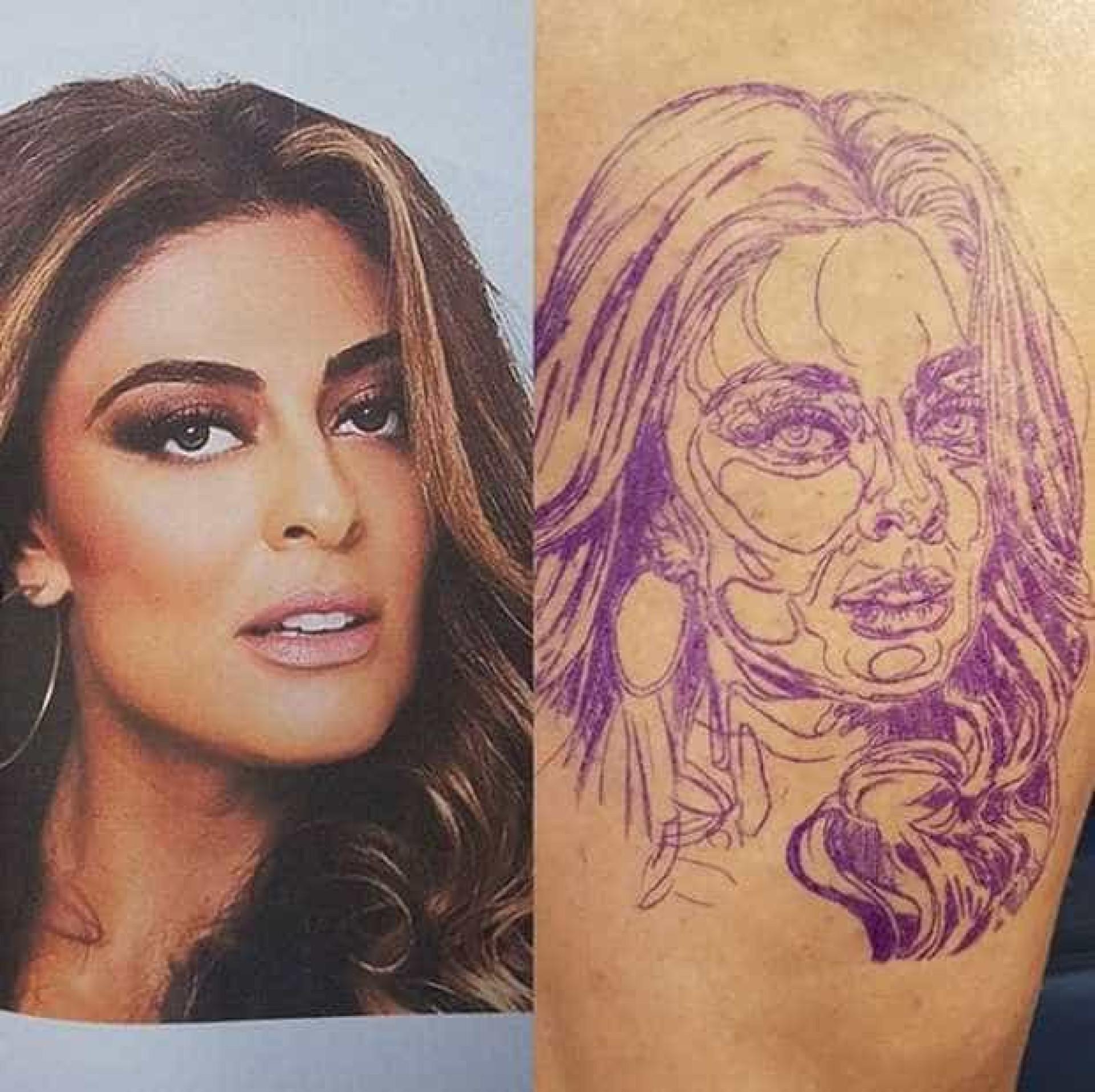 Fã tatua cara de Juliana Paes numa perna