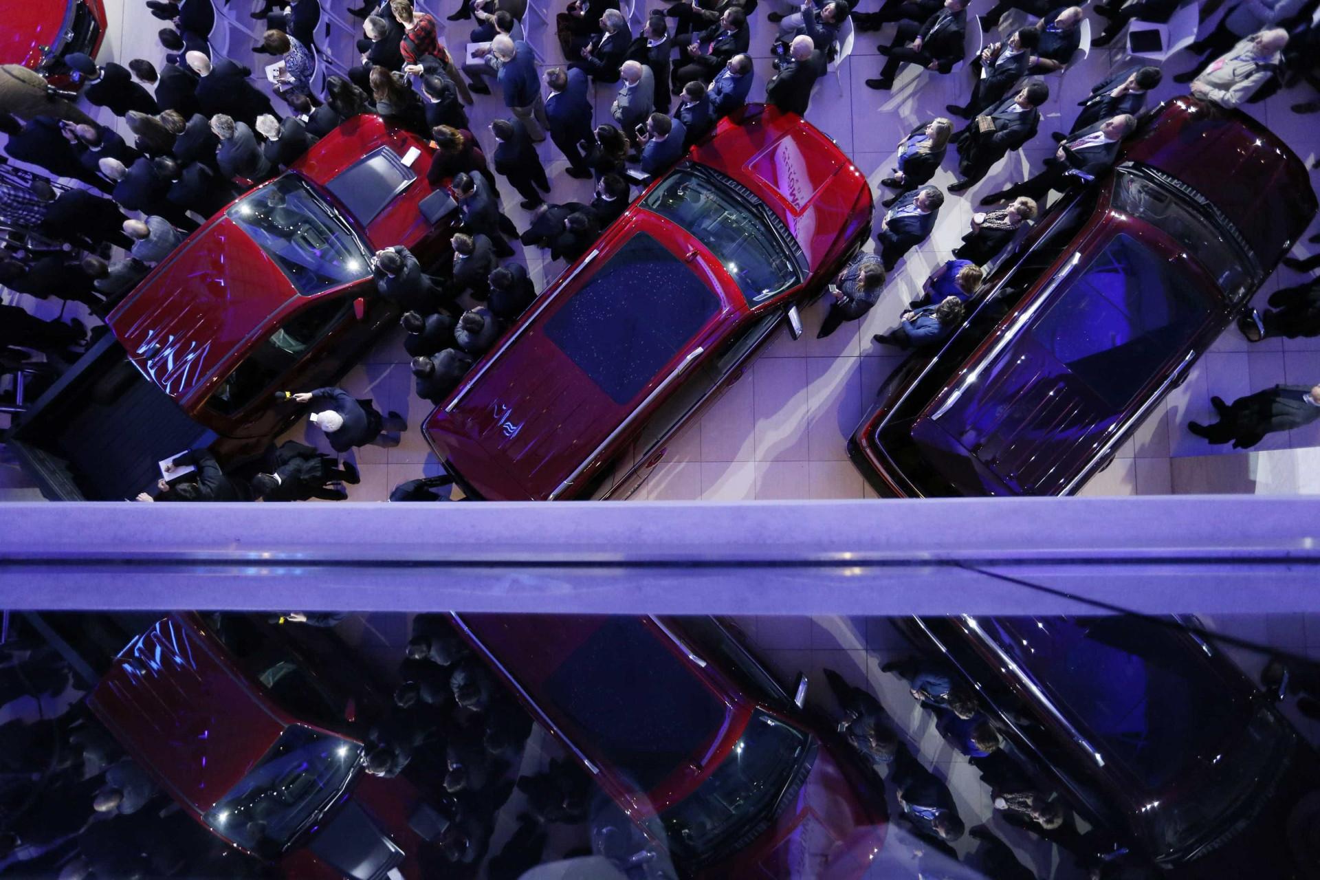 Loucura por automóveis. As melhores imagens da feira de Detroit
