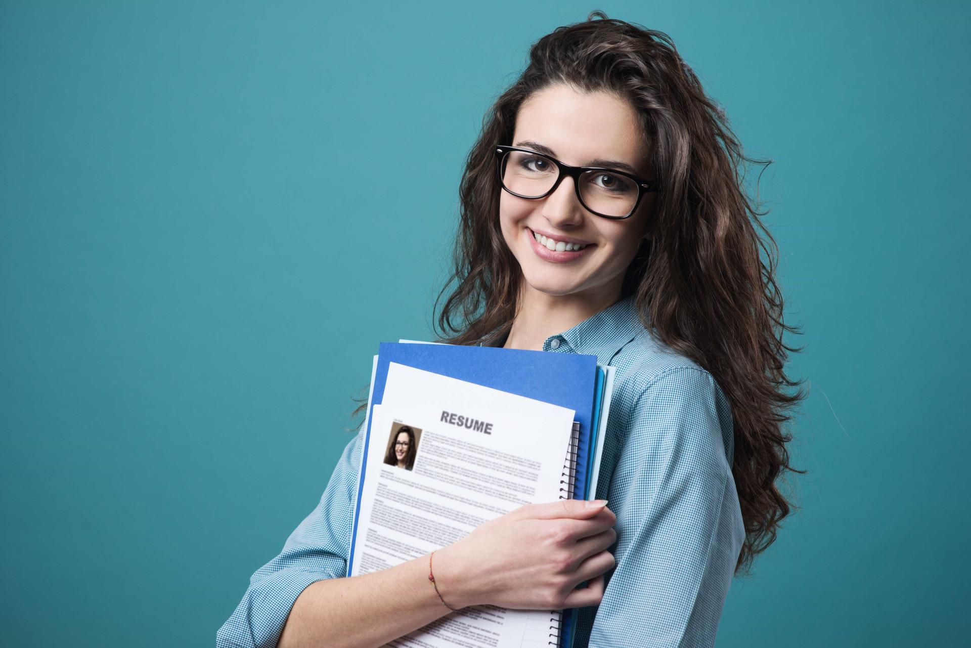 Emprego: Saiba o que não deve colocar no seu currículo