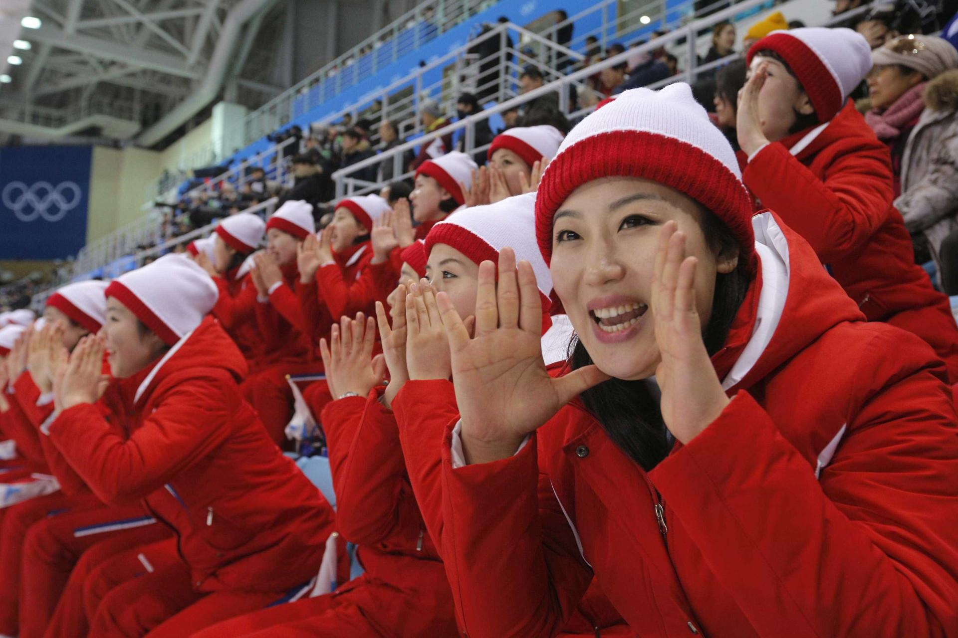 A peculiar claque da Coreia do Norte ou o preço da (im)perfeição