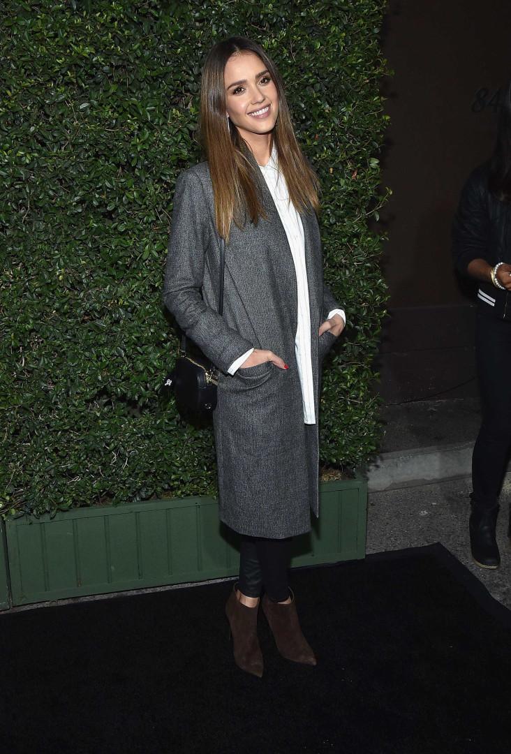 Estilo: Veja os melhores looks de Jessica Alba