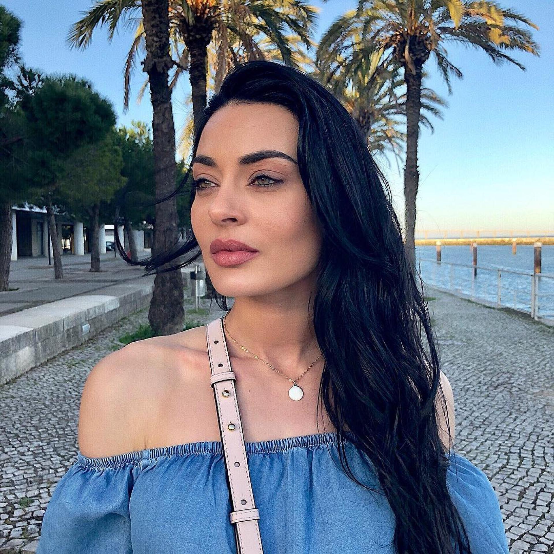 """Diana Monteiro alerta para fraude: """"Tentam vender para ganhar dinheiro"""""""