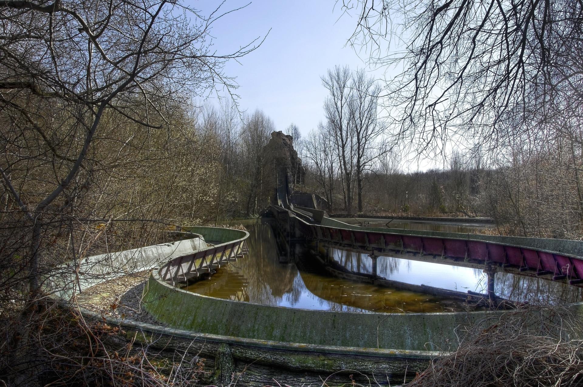 Conheça estes assustadores parques de diversões abandonados