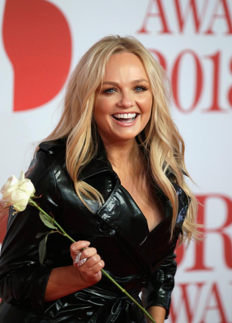 Brit Awards: Não se vestiram de preto mas levaram rosas brancas