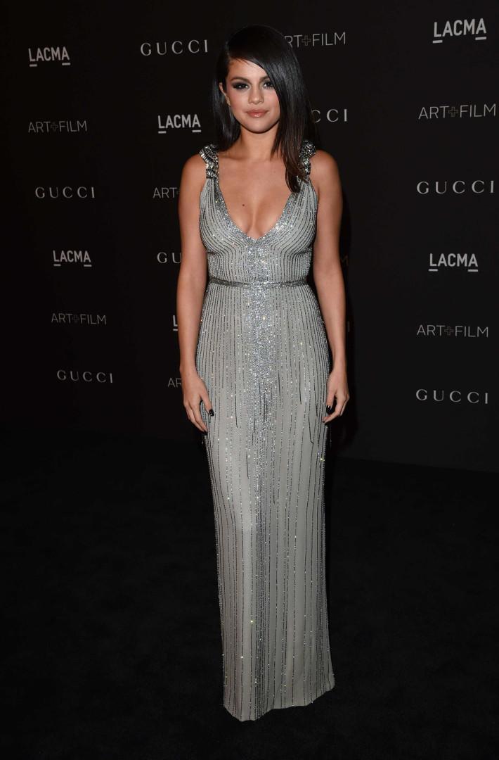 Selena Gomez: A evolução do estilo da cantora