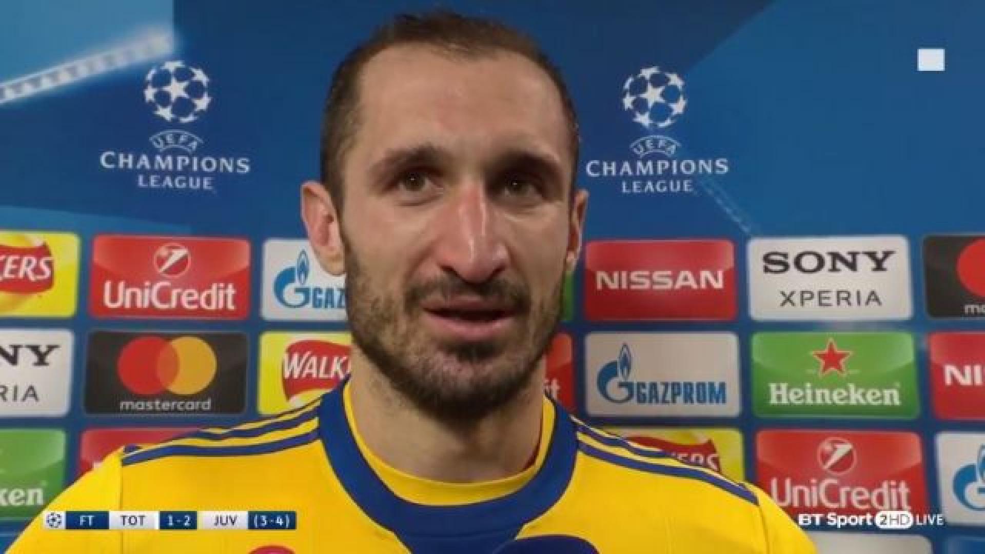 Chiellini emociona-se ao falar de Astori e dedica vitória ao amigo